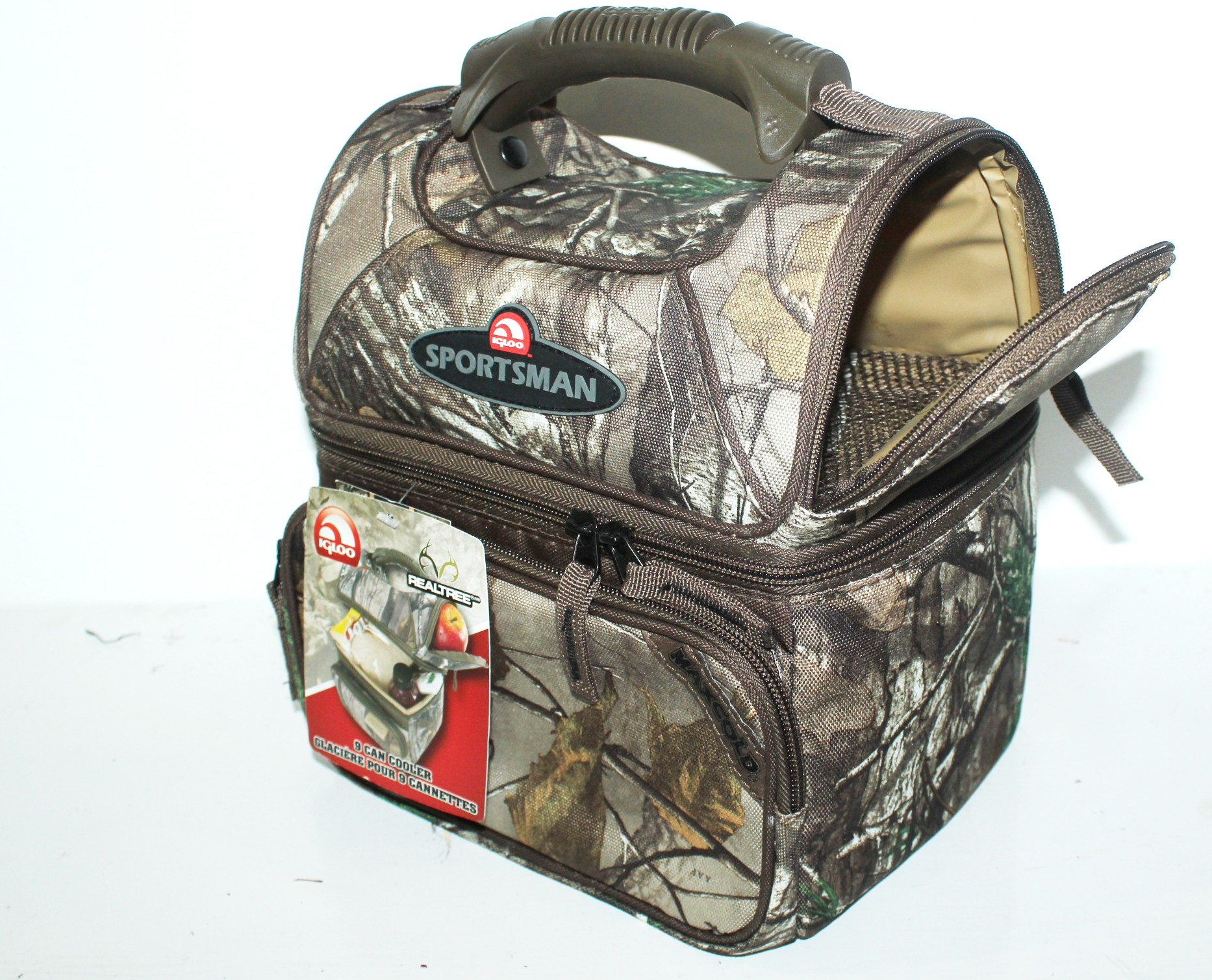 igloo coolers - since For over 70 years, Igloo has been the worldwide leader in ice chest coolers, cooler bags, lunch boxes, and hydration systems. We offer quality, durable, and innovative products to keep your drinks cold and your food fresh on your next adventure.